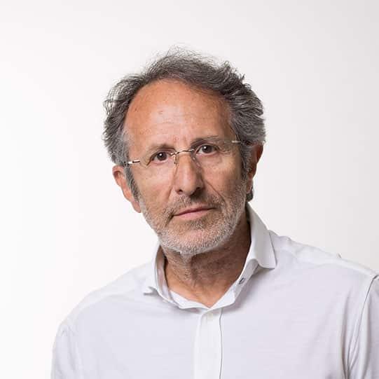 Dr. Carlos Martínez Boñar